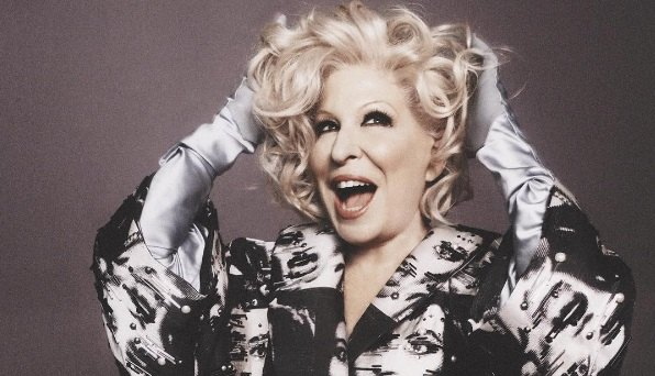 Bette-Midler-Hello-Dolly-Theatregold.com