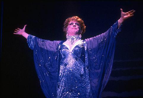 George-hearn-theatregold-database-la-cage