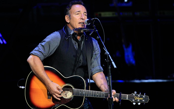 bruce-springsteen-broadway-fall-2017-theatregold